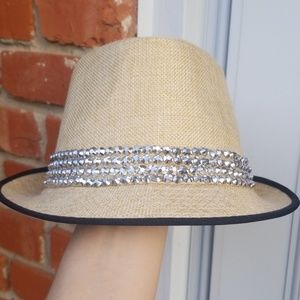 Jewel Cap
